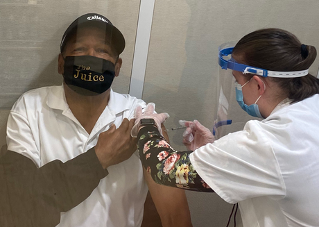 OJ Simpson boasts about getting Covid-19 vaccine while wearing 'The Juice' face mask
