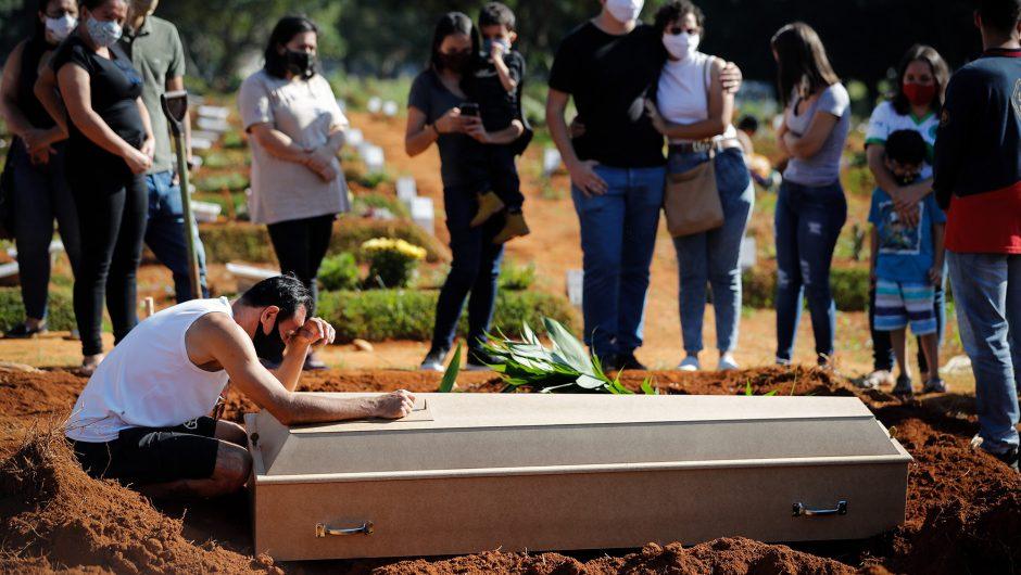 Weekly coronavirus deaths rise 11 percent worldwide